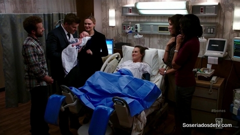 Bones: The Puzzler in the Pit (10x08)